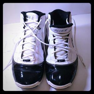 Retro ~Nike~Jordans~size 12 ~air max